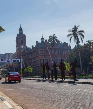 The red-brick road around the City Hall.