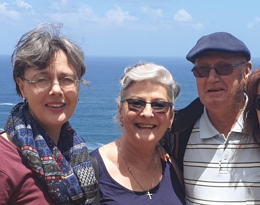 Elzabie, Breggie and Danie Brand.
