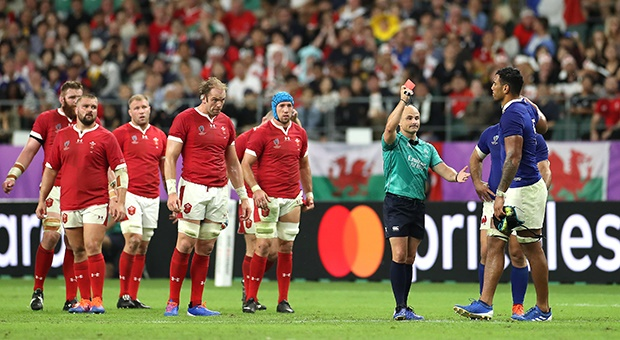 World Rugby investigating photo of referee Jaco Peyper mocking France's Sebastien Vahaamahina