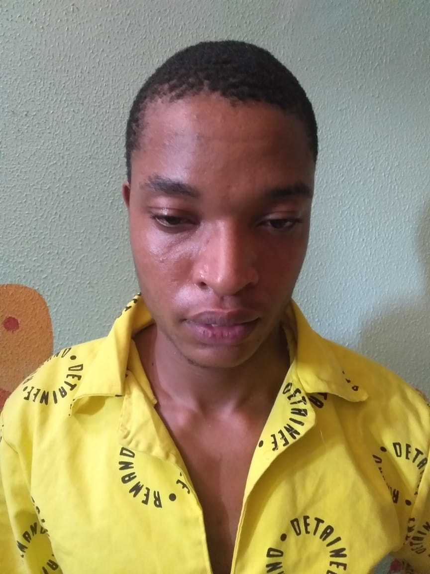 Wanted inmate stabbed cop to death
