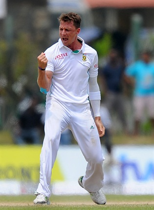 <strong><em>Dale Steyn putting Sri Lanka to the sword... (AFP)</em></strong><br />