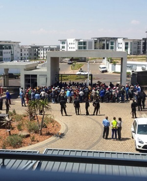 Strike at the Sapo head office in Eco Park Centurion (Submitted by Fin24 user)