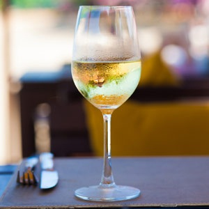 Signs Symptoms And Solutions For A Wine Allergy Health24