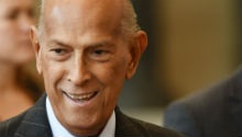 Social media mourns the death of world-renowned fashion designer, Oscar de la Renta