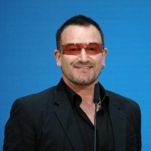 U2's Bono preps Ireland for 'Beautiful Day' against England - Sport24