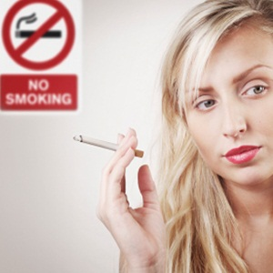 Smoking doesn't exacerbate acne, but bad for skin