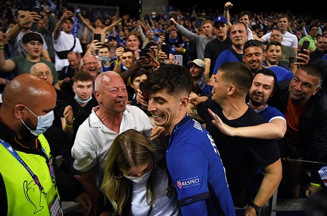 Chelsea's Kai Havertz celebrates with fans. (Photo by David Ramos/Getty Images)