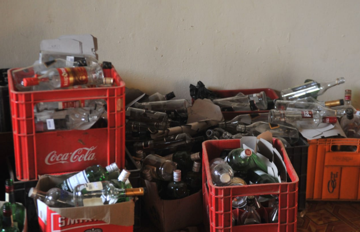 20 liquor licences suspended in Western Cape for illegal alcohol sales - News24