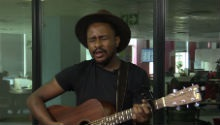 Watch Majozi perform 'Fire' in our studio
