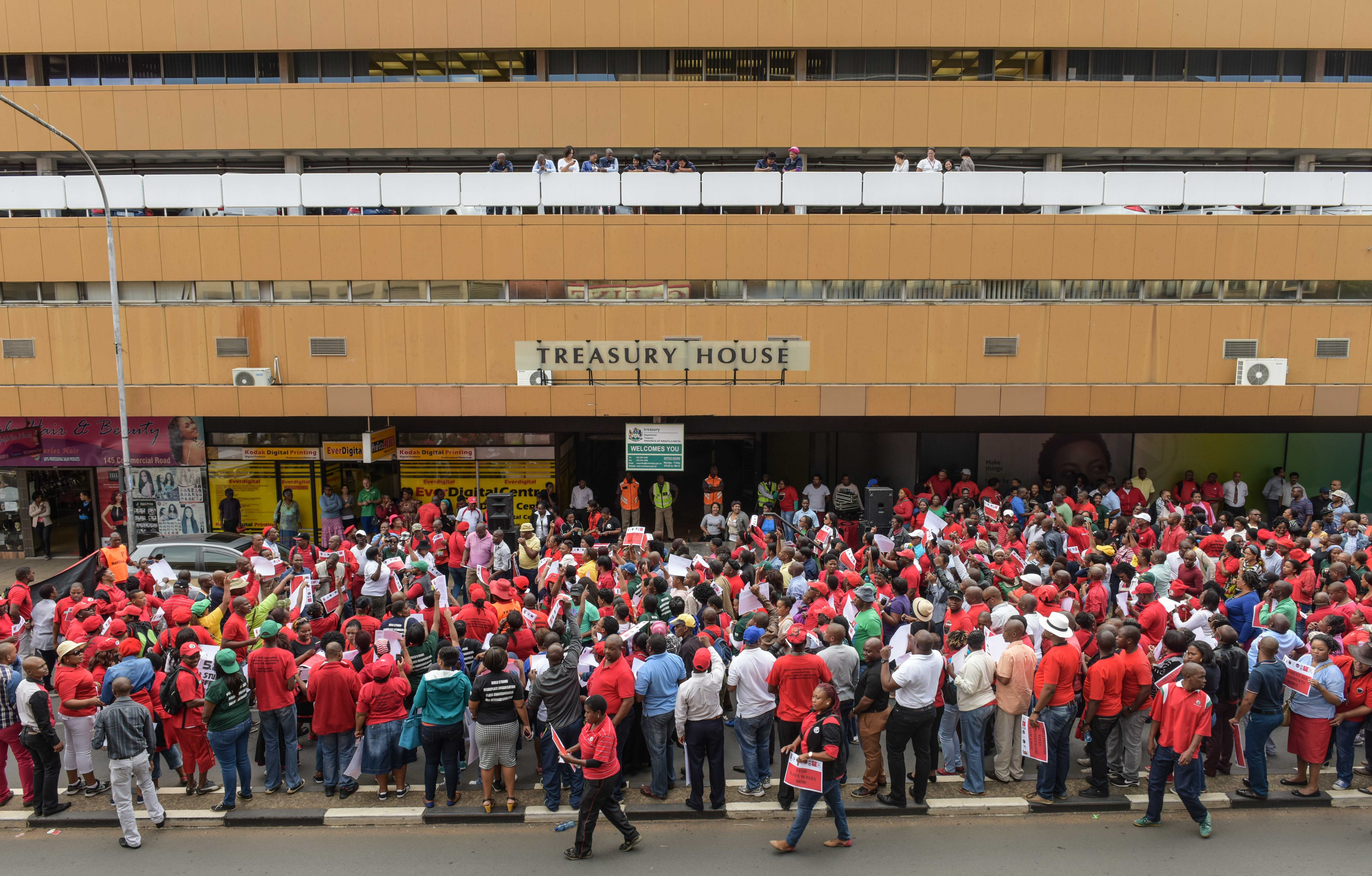 More than 1?000 picketers from the seven Cosatu Public Service Unions protested at the offices of the Provincial Treasury  in Pietermaritzburg. 