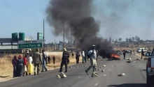 WATCH: Protesters, police clash in ongoing riots in Harare
