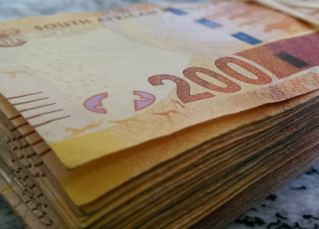 A man has been found guilty of scamming an Eastern Cape teacher into handing more than R600 000.