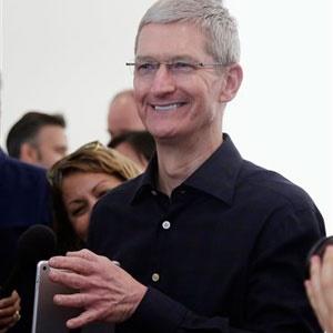 Apple CEO Tim Cook. (Marcio Jose Sanchez, AP, file)