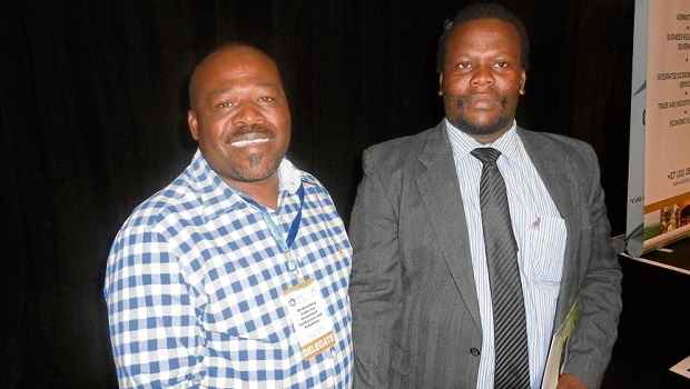 Okahlamba Local Municipality Mayor Thulani Sibeko and Nkosi Ndabazita Miya both expressed their support for the development of a cable car up the Drakensberg at the Drakensberg Cable Car and Investment Conference and Exhibition that was held at Durban's International Conference Centre.