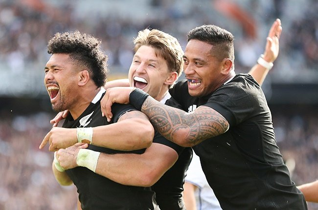 Ardie Savea (left), Beauden Barrett and Shannon Frizell (right) of the All Blacks.
