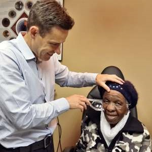 102 year old has cataract surgery