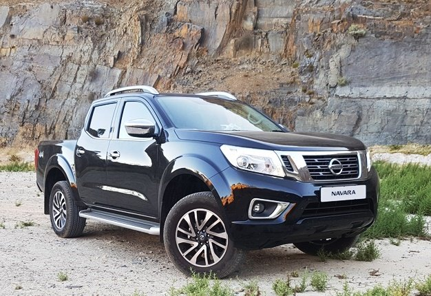 <B>NAVARA FINALLY HERE:</B> Nissan's all-new Navara double-cab is the fifth most-expensive bakkie in SA. <I>Image: Wheels24 / Charlen Raymond</I>