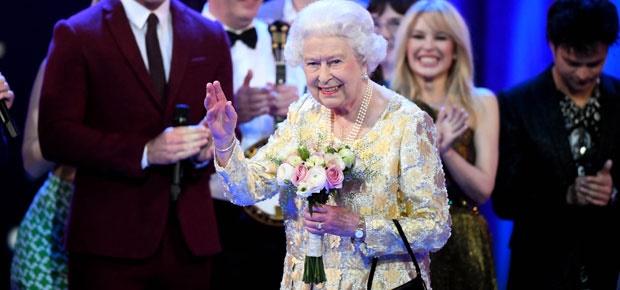 queen elizabeth at her birthday party concert