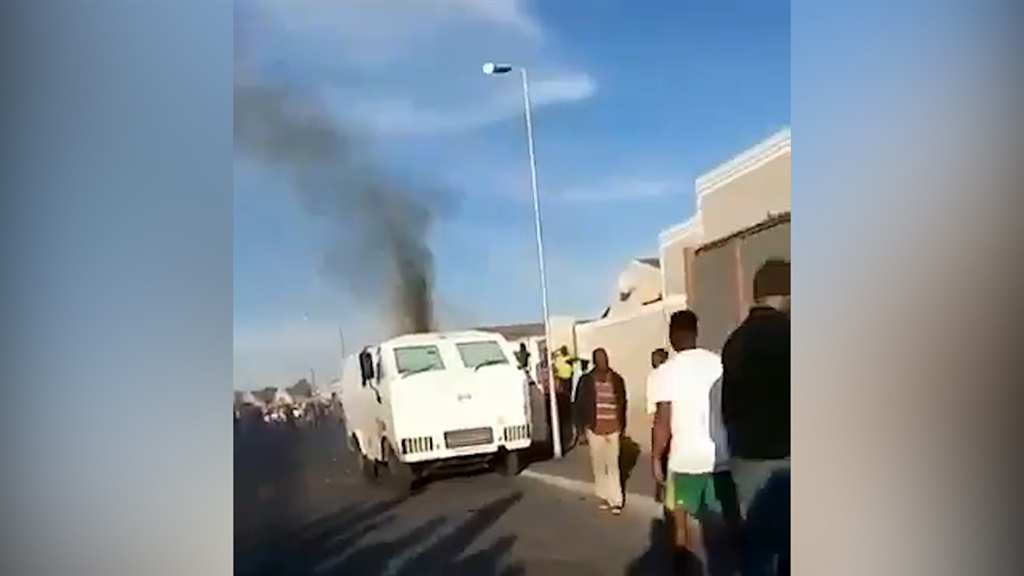 A cash-in-transit van was bombed and robbed in Gugulethu, Cape Town, on Monday afternoon. The robbery left one security guard dead and three others with minor injuries.