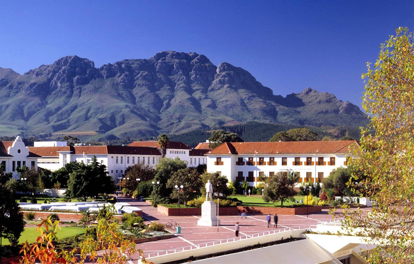 Die Universiteit Stellenbosch se kampus in die Eikestad.
