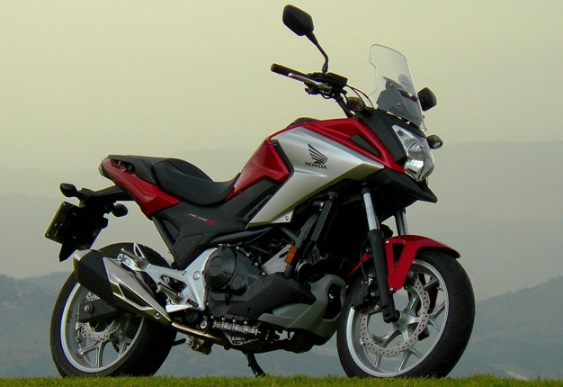 honda s spruced nc750x in sa 10 changes to look forward. Black Bedroom Furniture Sets. Home Design Ideas