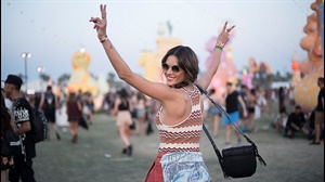 12 Coachella street style looks to inspire your AfrikaBurn outfit