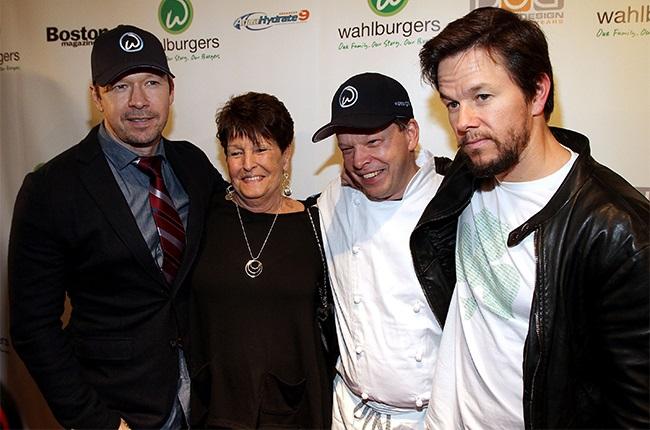 Donnie Wahlberg, Alma Wahlberg, Paul Wahlberg and Mark Wahlberg.