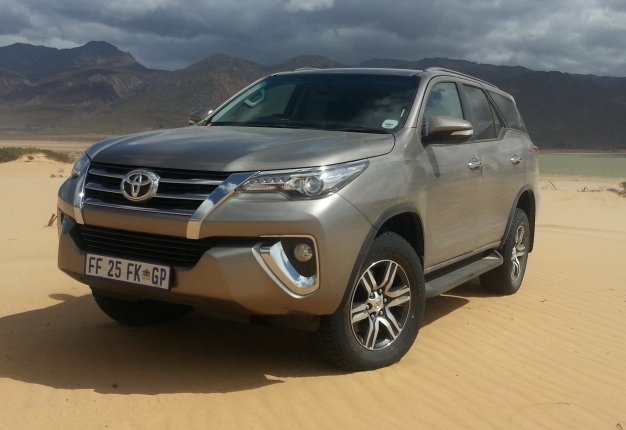 Fortuner favours the brave: We drive Toyota's new 4x4 in SA | Wheels24