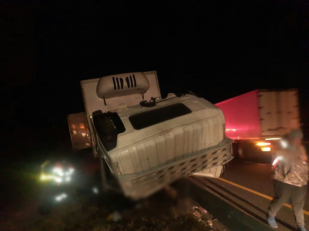 A truck driver and a suspected truck surfer were killed when a truck rear-ended another truck on the N3.