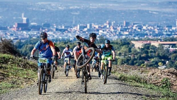 In enduro, riders make their way to the top of the course on their bikes before racing downhill. As can be seen, the discipline is very sociable.