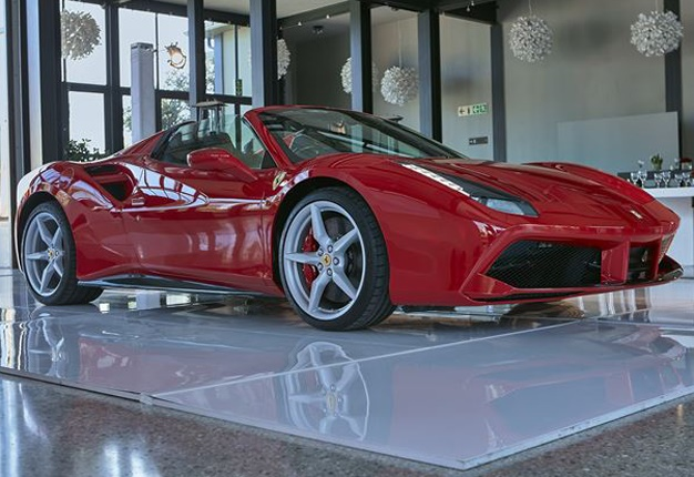 Abu Dhabi Grand Prix >> Ferrari's R5.5-million 488 GTB Spider in SA | Wheels24
