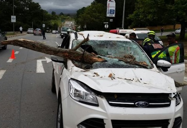 Chevy Suv Models >> Spotted a tornado? Here's what SA motorists should do | Wheels24