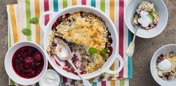 Sugar-free, berry, banana crumble, recipes