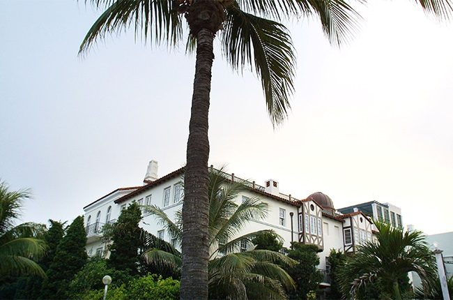 Men found dead at Versace mansion one day before anniversary of Gianni's murder - News24