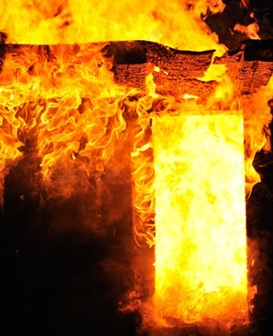 Shacks gutted in early morning Cape Town fire