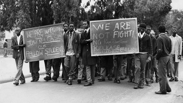 Students in Cape Town march for the release of their fellow students during the uprisings after 16 June 1976. The photograph is part of the exhibition, 1976/360 at the Centre for African Studies Gallery, University of Cape Town. (Peter Magubane, via GroundUp)