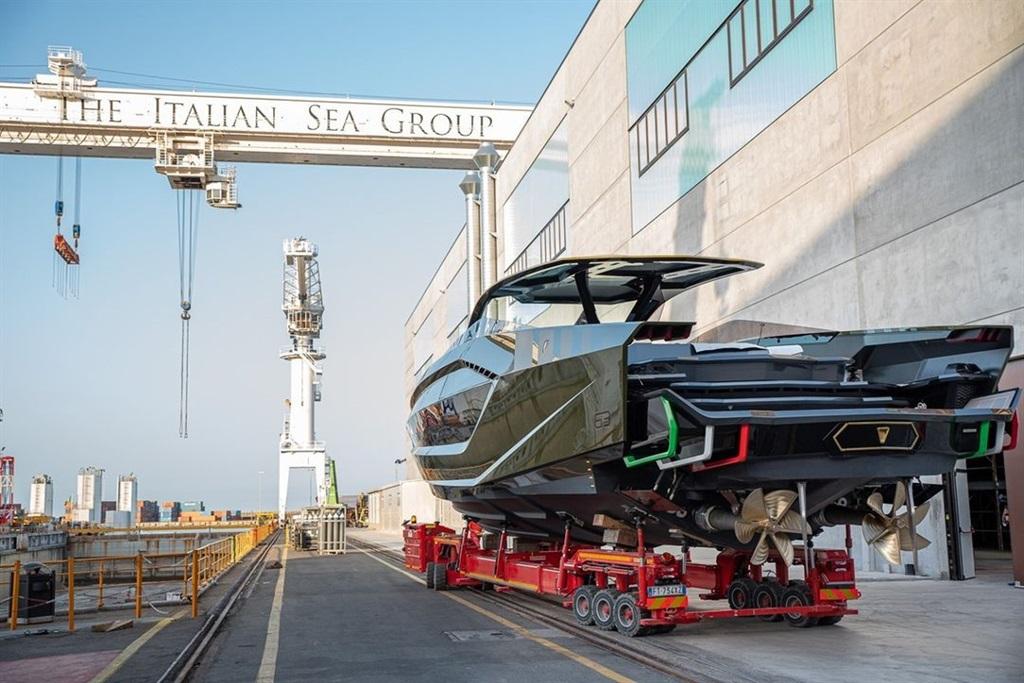 McGregor's Lamborghini motor yacht. Photo: Daily M