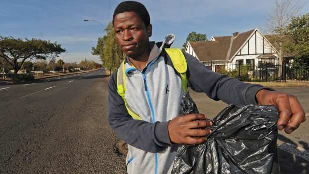 Privately paid street cleaner Wonder Ndlovu was assaulted by two men who picked a fight with him while he was busy picking up litter along Hesketh Drive, Pietermaritzburg.