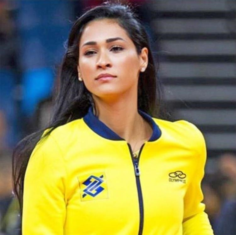 UNO News Net: HOT ATHLETES: Jaqueline Carvalho, MVP Brazil Womens Volleyball, Gold Medal in