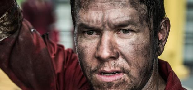 Mark Wahlberg in Deepwater Horizon, (Black Sheep Productions)