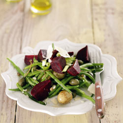 Beetroot and green bean salad