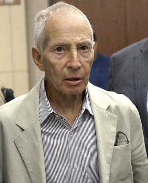 Real estate heir Robert Durst leaves a Houston courtroom. (Pat Sullivan, AP)
