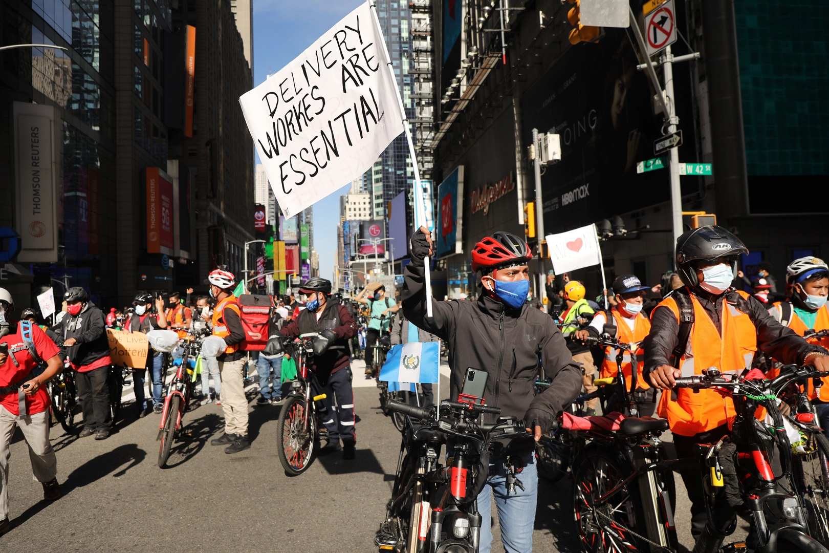 New York City food delivery workers win the right to bathroom access on the job - Business Insider South Africa