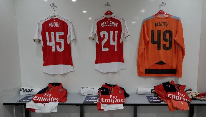 Alex Iwobi old club number