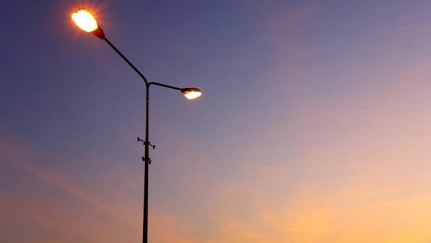 Scottsville residents plead for working streetlights as crooks strike.