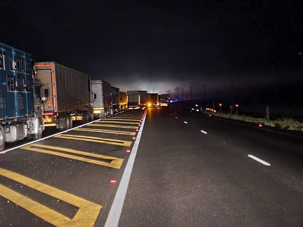 Protesting truck drivers cause traffic delays on N3 in KZN - News24