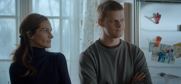 Julia Roberts and Lucas Hedges in a scene from Ben
