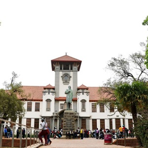 University of the Free State (Andre Damons, Netwerk24)