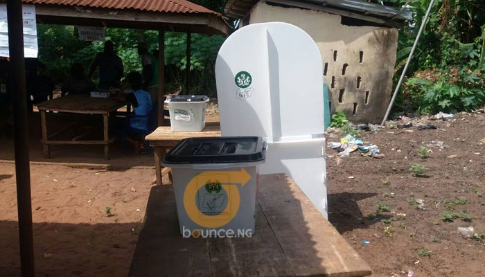 AnambraDecides2017 and how INEC kept voters waitin