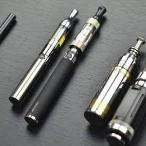 E-cigarettes can lead to heavy smoking